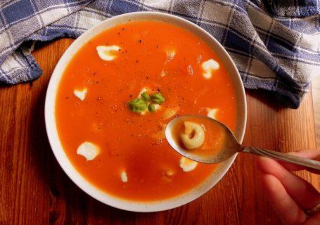 przepis na zupe pomidorowa